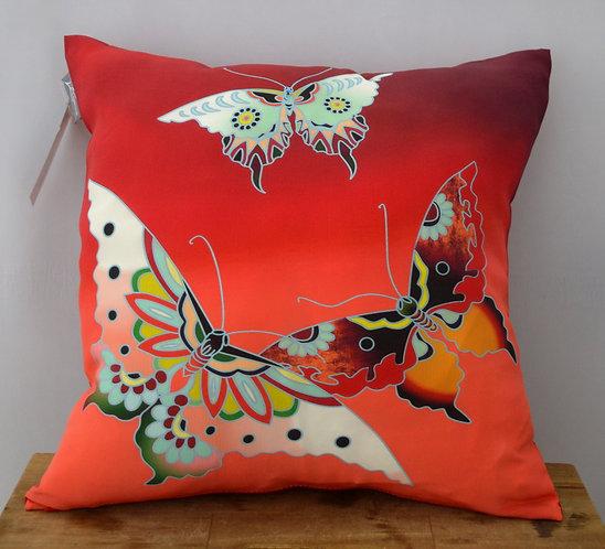 """Наволочка на подушку-думку """"Бабочки"""", 37х37"""