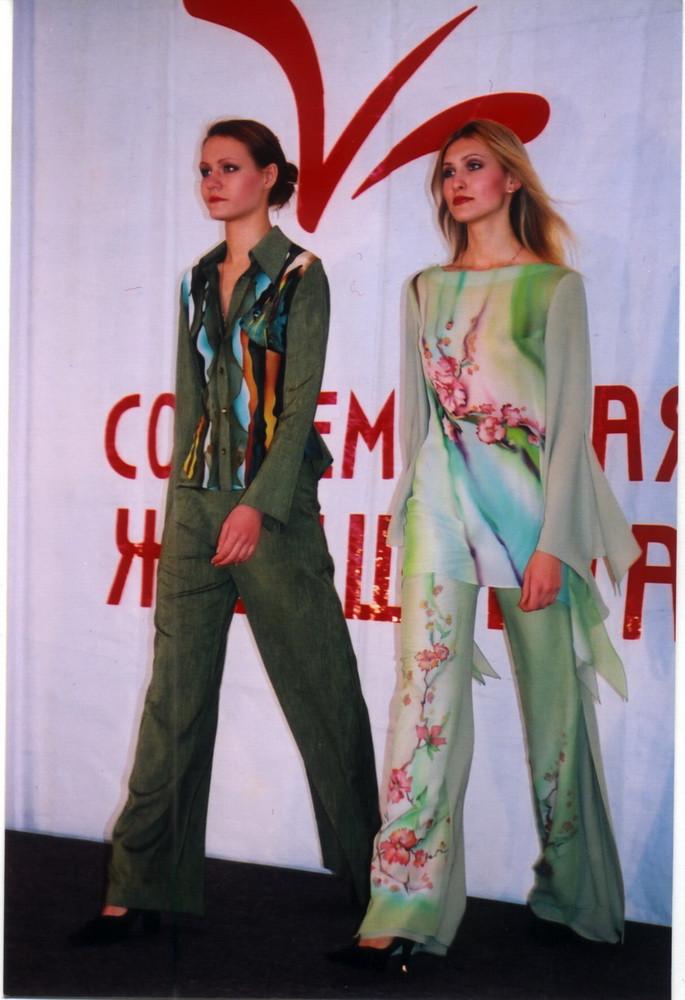 2004 показ на выставке Современная женщи