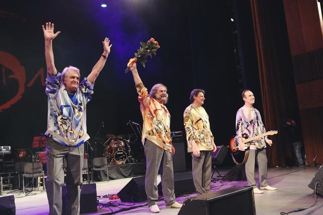 2013 юбилейный концерт Ариэль в шелковых