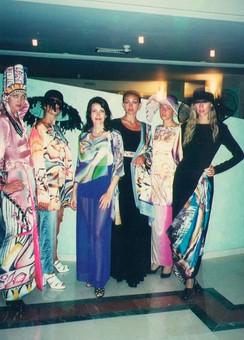 1997 выставка и показ в Сочи.jpg