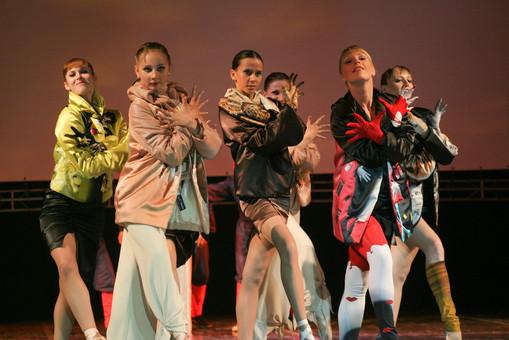 2008 показы на арт-шоу Дефиле на пуантах