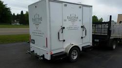 luxury-bathroom-trailer1