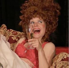 Ecole Paris Marais : cours de théâtre adulte avancé : Emilie dans LES LIAISONS DANGEREUSES