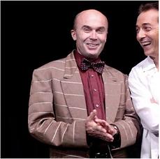 Ecole Paris Marais : cours de théâtre adulte avancé : Le docteur dans 13 à table