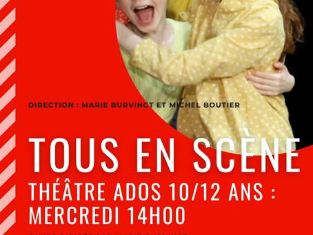 Les Ados 10/12 jouent sur scène au Théâtre Espace Marais