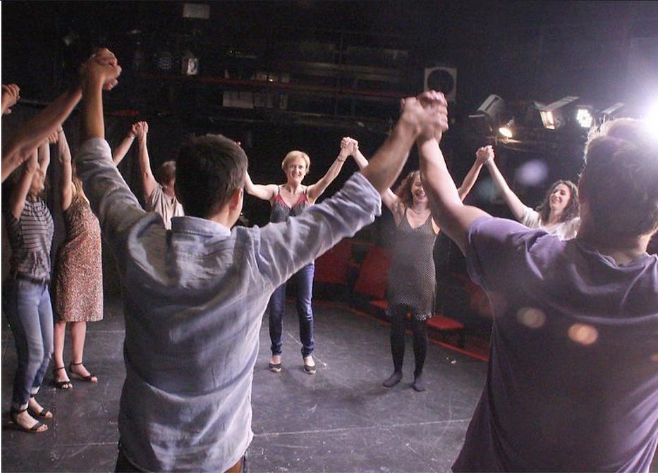 Ecole Paris Marais : je me prépare à jouer : c'est l'échauffement