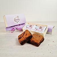 Lembrancinha caixa 2 brownies personalizado.jpg