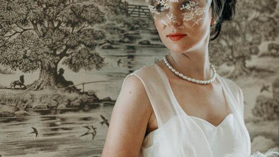 Laura - Silk bow veil