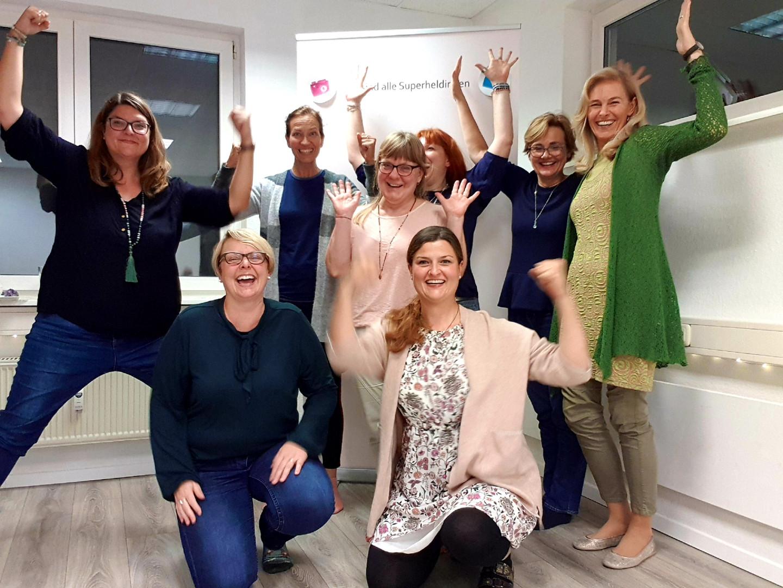 Super Heldin Empowerment Dr. Nicole Winkle September