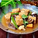Braised Tofu w/Black Mushroom