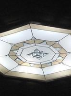 Бевелз-светильник