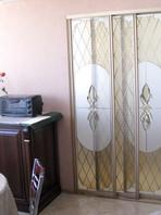 Раздвижные двери с витражом в Самаре