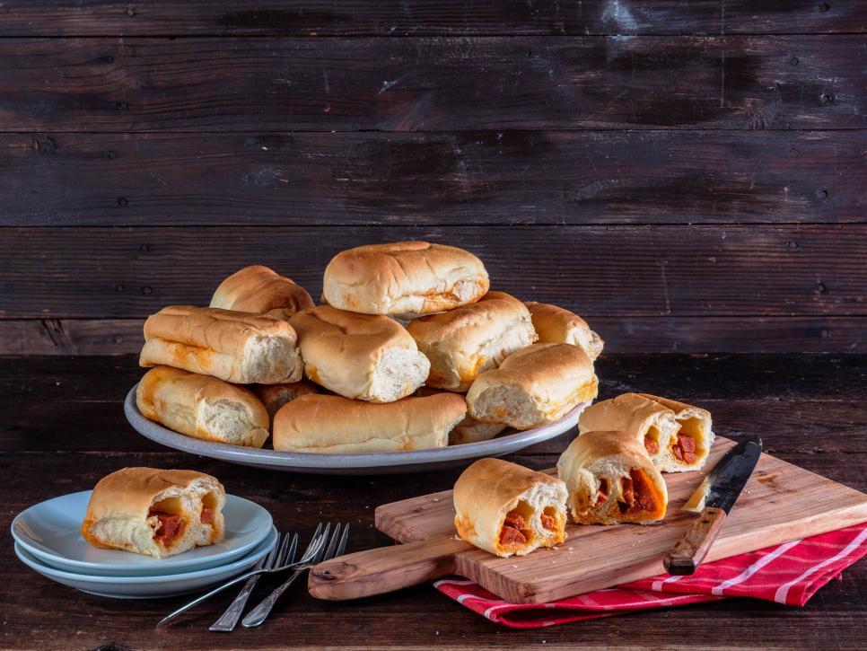 West Virginia pepperoni rolls