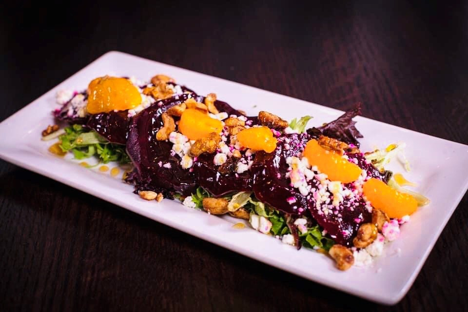 Beet Salad w/ Oranges, Goat Cheese & Spiced Cashews