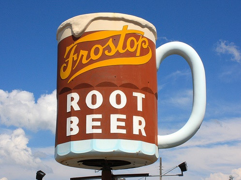 The signature rooftop mug at Frostop Drive-In