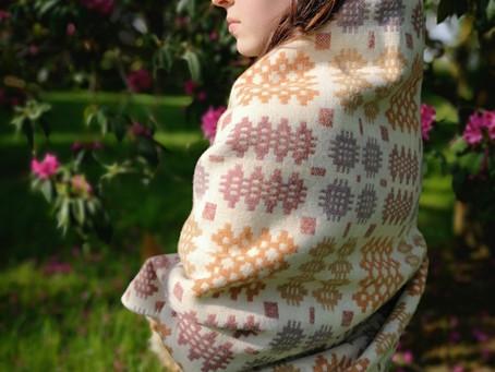 Discovering Welsh Blankets (Carthen)