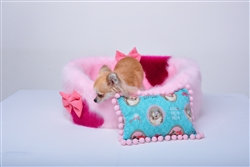 Candy Diva Luxury Faux Fur Dog Bed