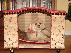Personalized Junior Suite Dog Abode Bed