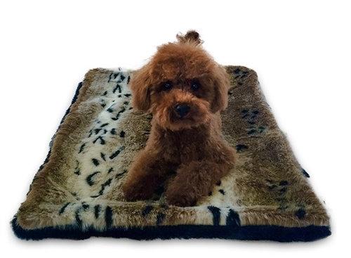 Faux Snow Linx Plush Magic Dog Mat
