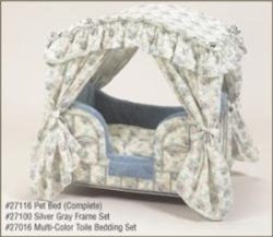 Toile Canopy Pet Bed