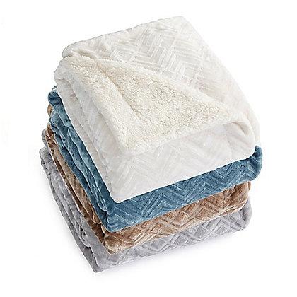 Great Bay Ceilo Reversible Throw Blanket