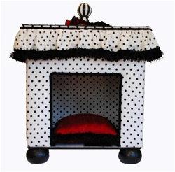 Chateau de Splt Dog Abode Bed
