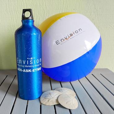 Aluminum water bottle and beach ball