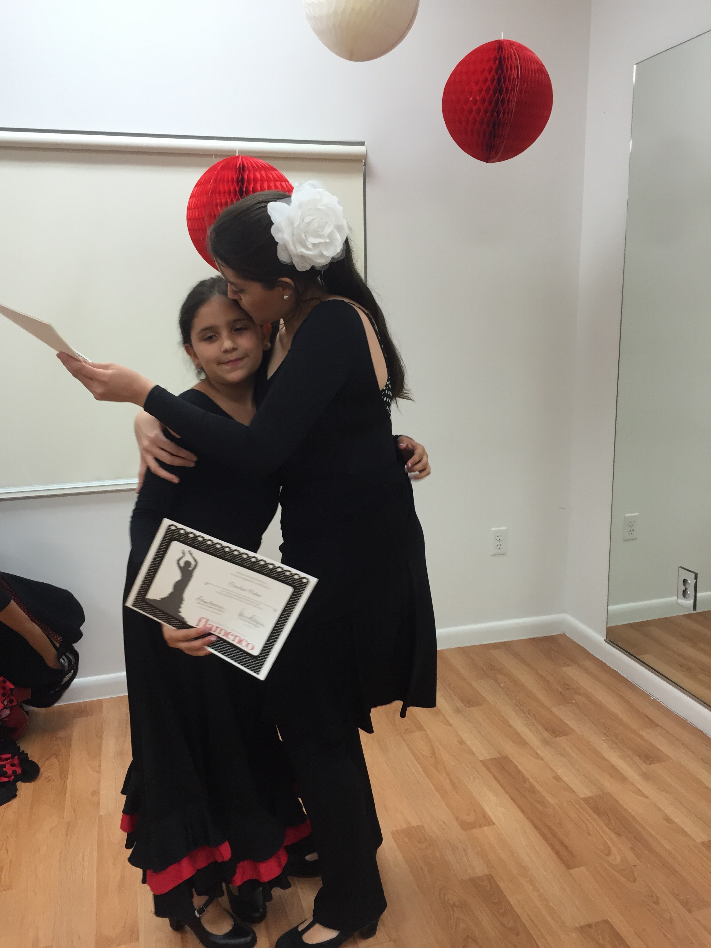 Certificate Ceremony Flamenco Kids