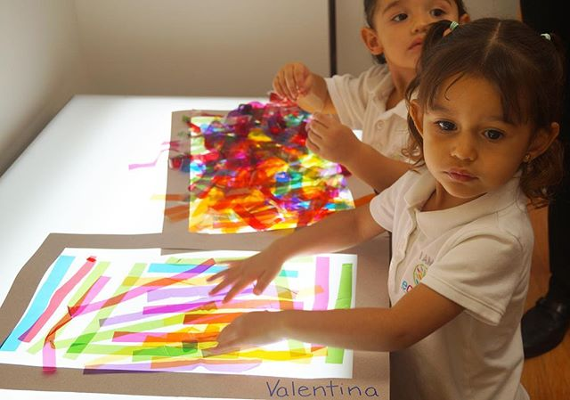 Family Day ~ Classroom_ B ~  Artist_ Cruz Diez ~ Music_ Handel ~ #familysharing #playing #parents #c