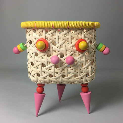 Mighty Pig - A Basketeer