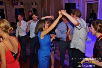 Young wedding Crowd dancing