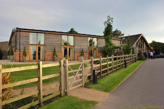 Mythe Barn wedding venue, Warrickshire.