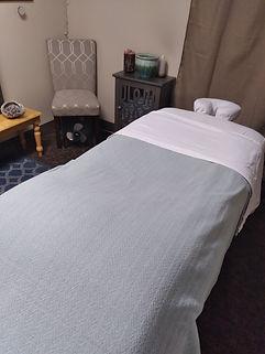 massage%20alyssa%20room_edited.jpg