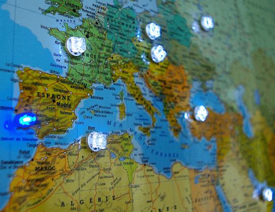 Éclairage sans fil : Punaise Led Lumineuse | MIDLIGHTSUN - Spécialiste en fibre optique lumineuse et tissus lumineux - fabrication française