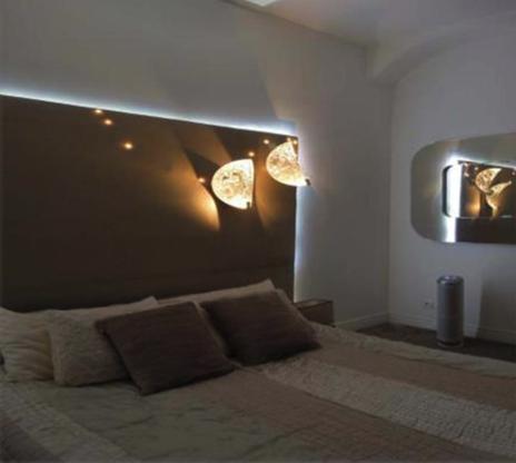 Tête de lit lumineuse