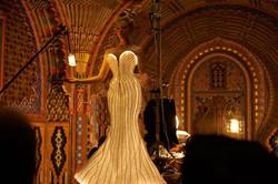 Robe lumineuse en fibre optique pour Thierry Mugler Parfums - Clarins Fragrance