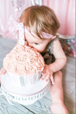 Smash Cake - photo by Marina Goktas