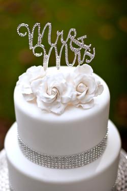 Sugar rose & crystal ribbon cake