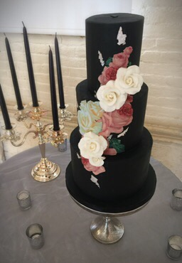 Victorian Rose Wedding Cake