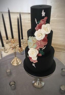 Victorian Rose Wedding Cake