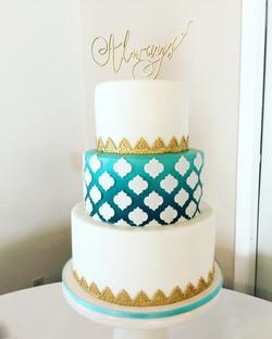 Reverse Lattice Ombre Wedding Cake
