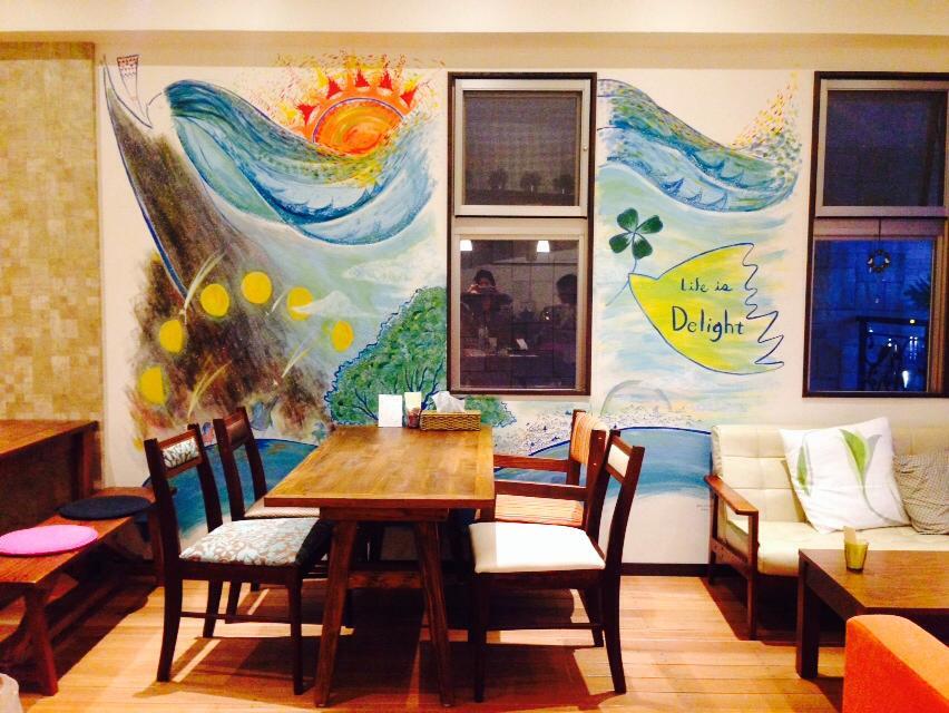"""沖縄のカフェ""""delight""""さんでの壁画"""