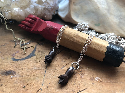 Wooden Mano Fico Necklace