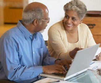 older-couple-african-american-computer-s