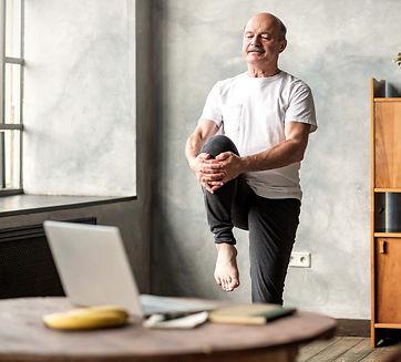 truama yoga.jpg