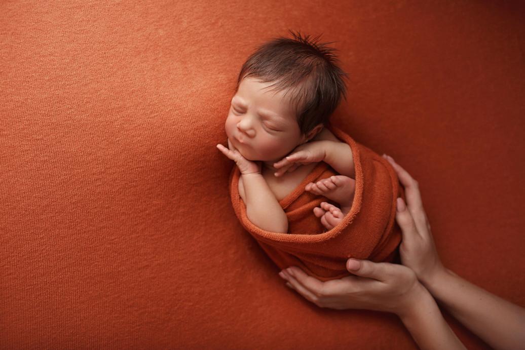 me_newborn_05.jpg