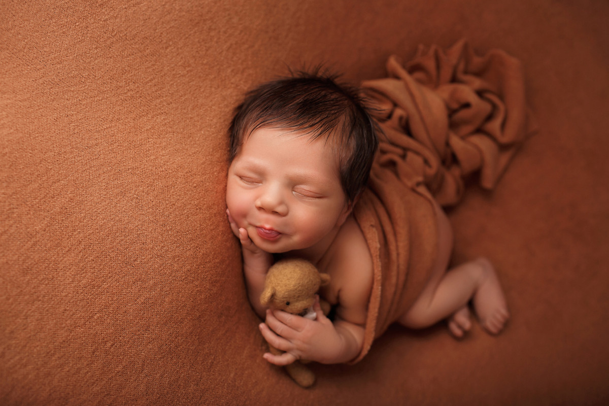 me_newborn_06.jpg