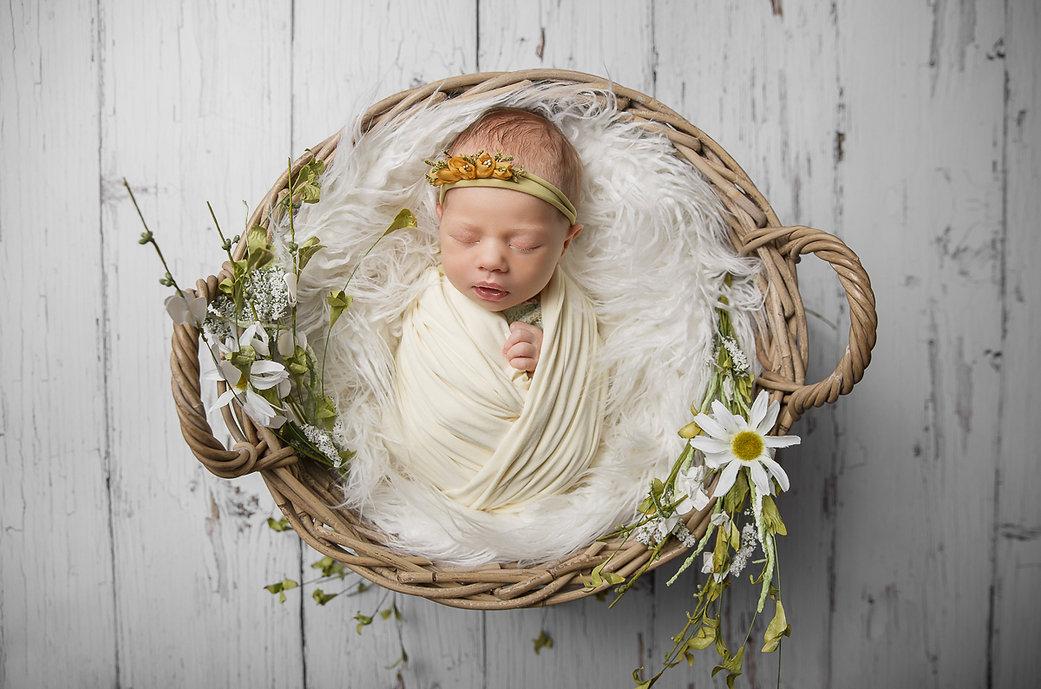 me_newborn_21.jpg