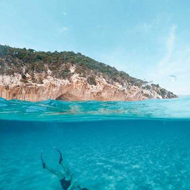 man guy snorkeling ibiza boat club forme