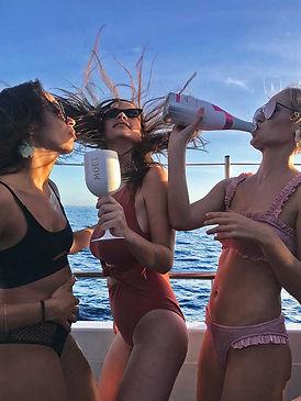 cirque de la nuit ibiza girls drink moet